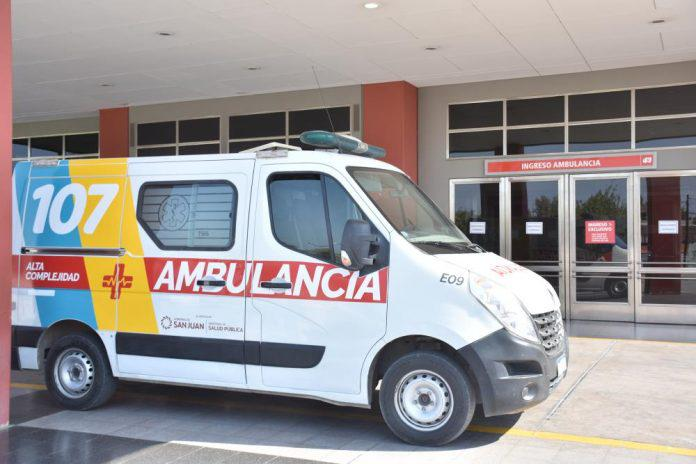 Ambulancias-107-696x464